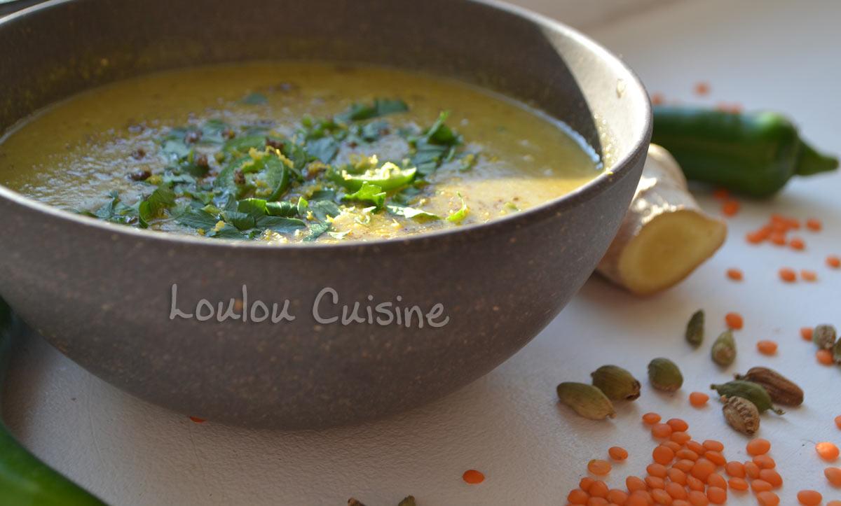 Supa de linte cu cardamom