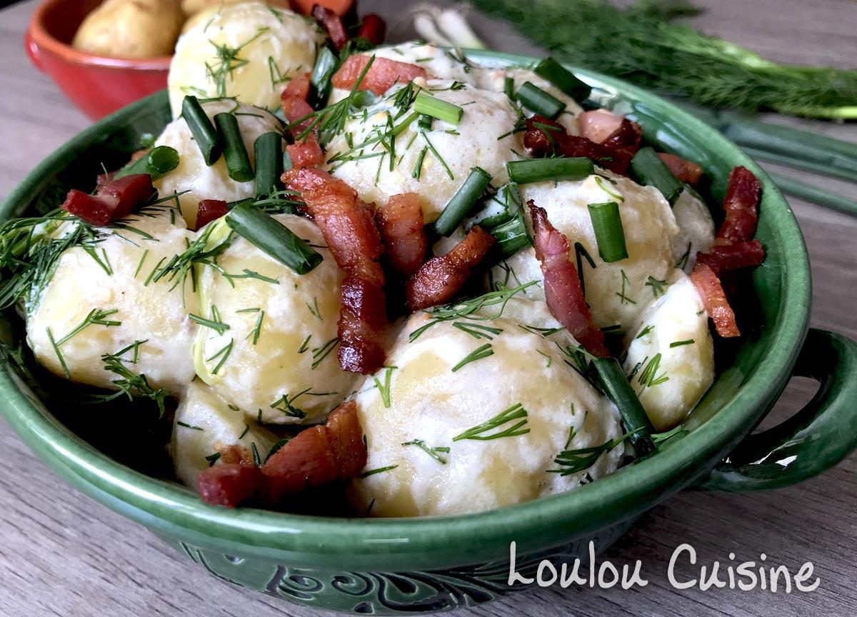 Salata de cartofi noi cu marar si bacon