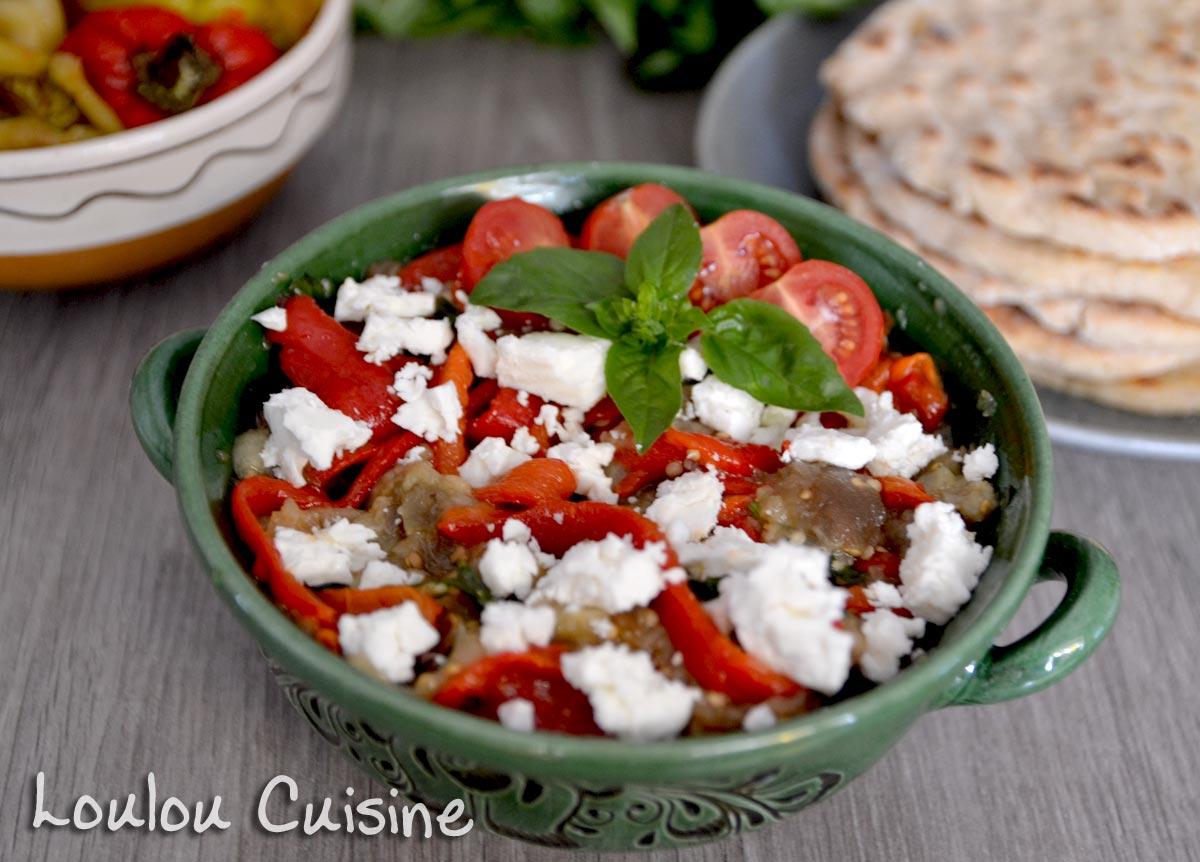 Salata de vinete cu ardei copti si feta