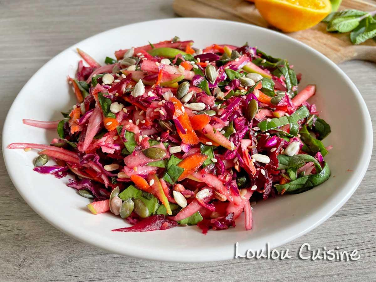Salata de cruditati si seminte